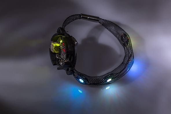 Skylight Beans – interaktywna biżuteria