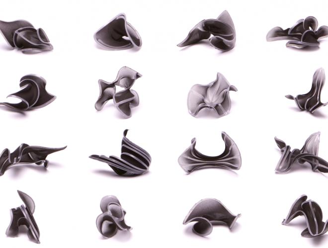 Uprzestrzennianie materiału: druk 3D geometrii płaskich robotem KUKA